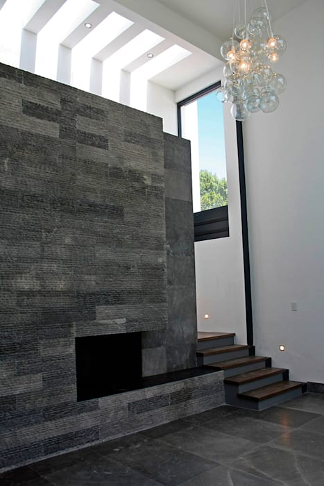 Chimenea Salones modernos de Narda Davila arquitectura Moderno Mármol