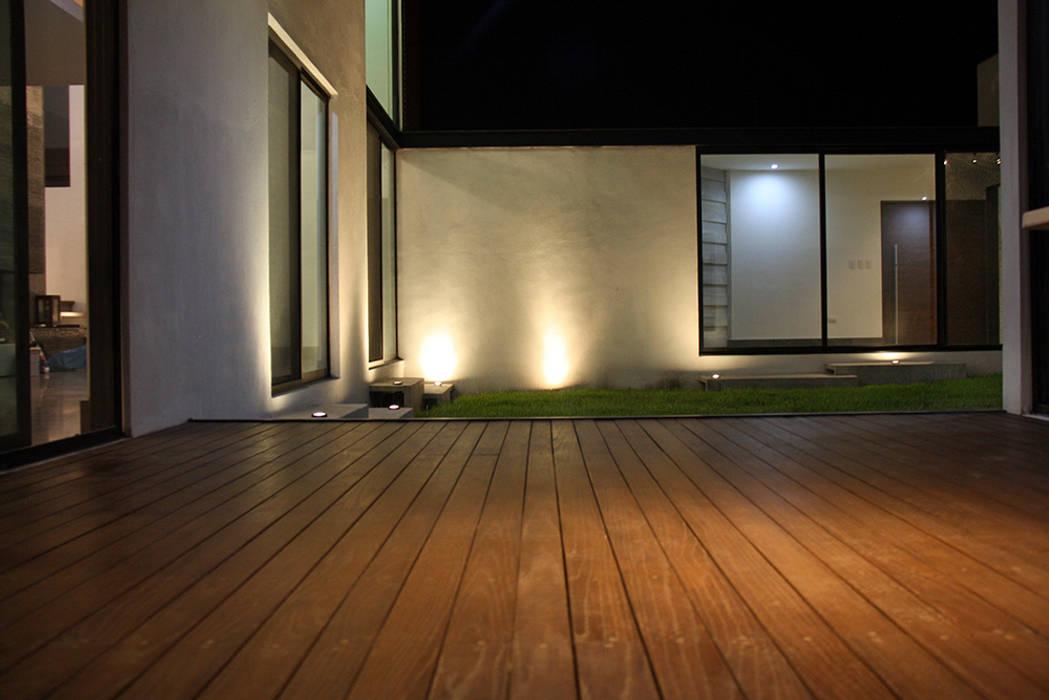 Terraza: Terrazas de estilo  por Narda Davila arquitectura
