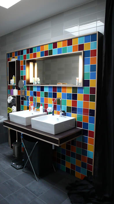 Modern style bathrooms by JANICKI ARCHITECT Modern Ceramic