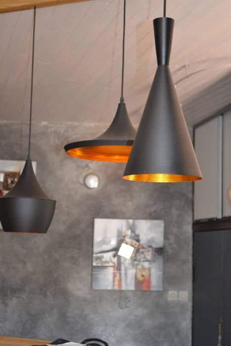 Habitation principale: Cuisine de style de style eclectique par KREA Koncept