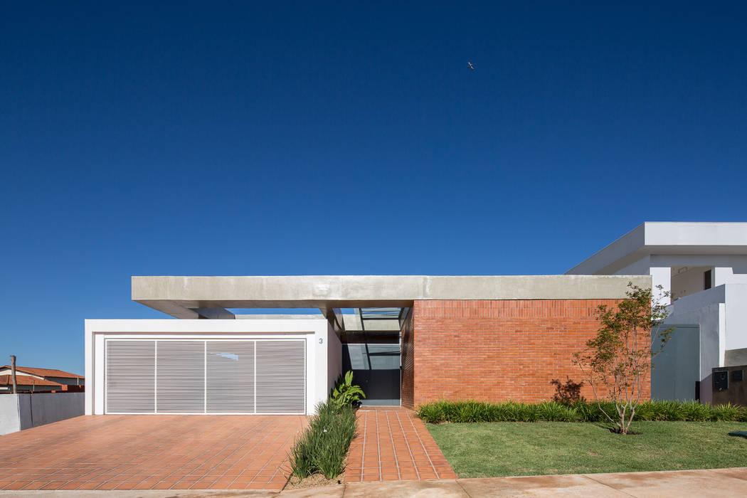 Casa Malva, Bloco Arquitetos homify Casas modernas