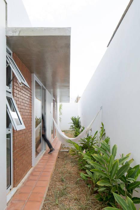Casa Malva, Bloco Arquitetos Jardins modernos por homify Moderno