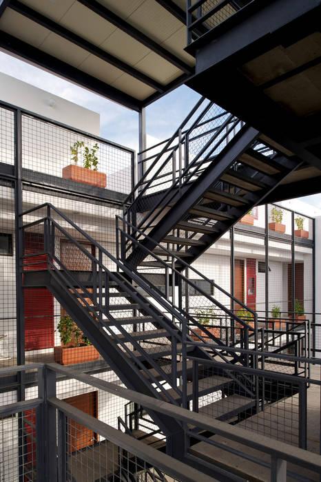 Casas modernas de Trama Arquitectos Moderno