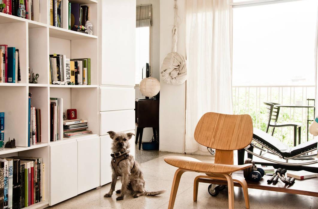 Salas de estar modernas por PUNCH TAD Moderno