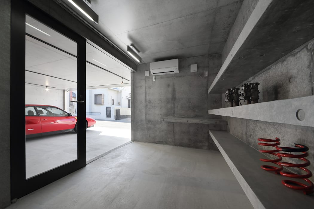 Garage/shed by 有限会社Kaデザイン
