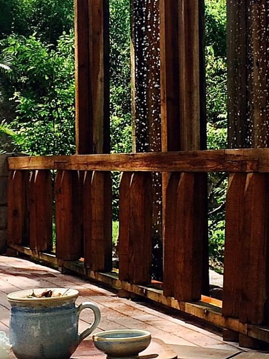 El Descanso Natural Pool Jardines tropicales de BR ARQUITECTOS Tropical Madera Acabado en madera