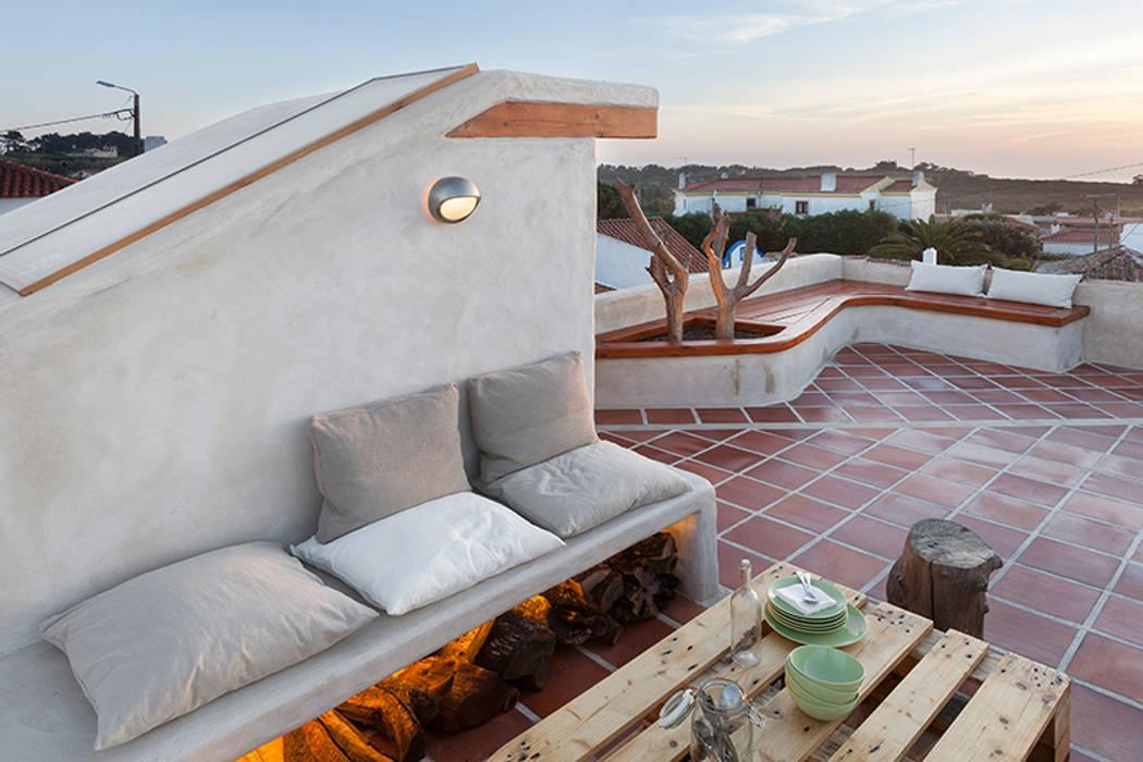 Balcones y terrazas rurales de pedro quintela studio Rural