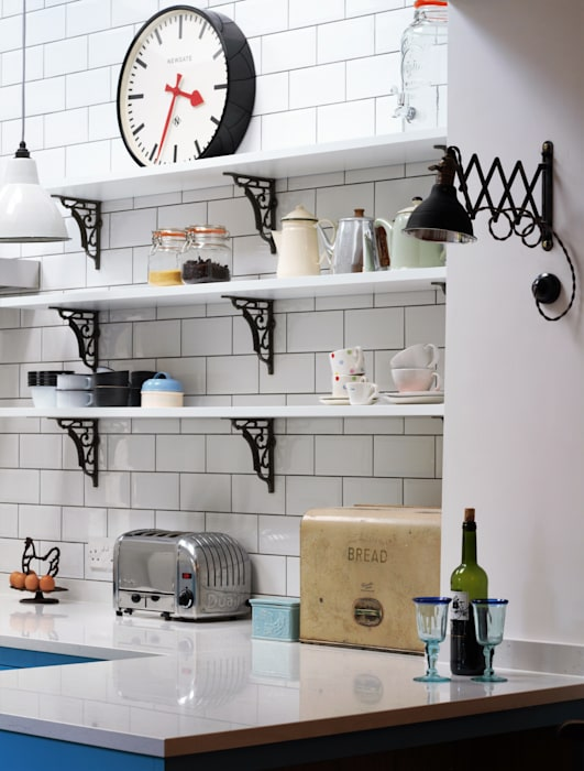 Industrial Kitchen With American Diner Feel 根據 homify 工業風 實木 Multicolored