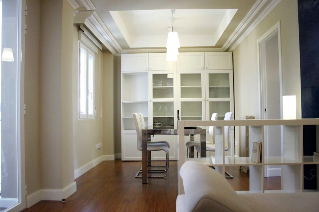 NAZAR Estudio Classic style dining room