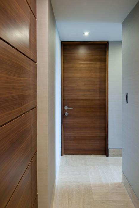 PH Altozano Pasillos, vestíbulos y escaleras de estilo moderno de VODO Arquitectos Moderno