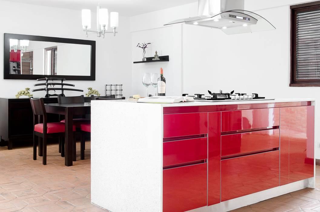 .: Cocinas de estilo  por Belhogar Diseños, C.A., Clásico