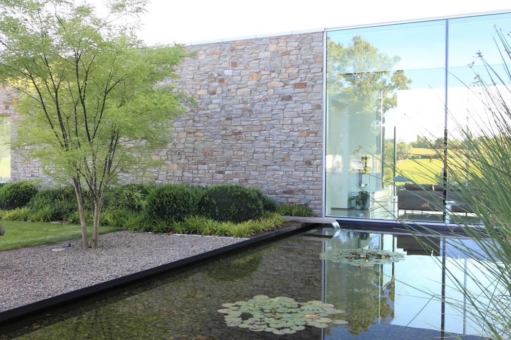 modern  oleh Luc Spits Architecture, Modern