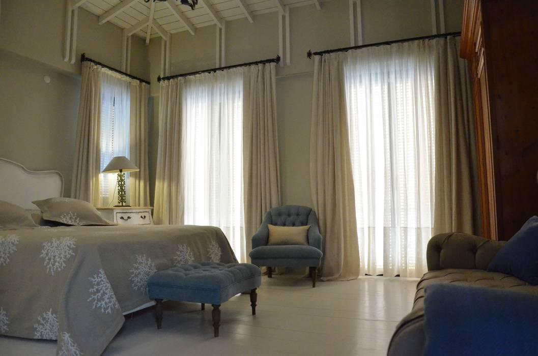 Levent Home Collection – Alaçatı, Yatak Odası Perde Uygulaması:  tarz Yatak Odası,