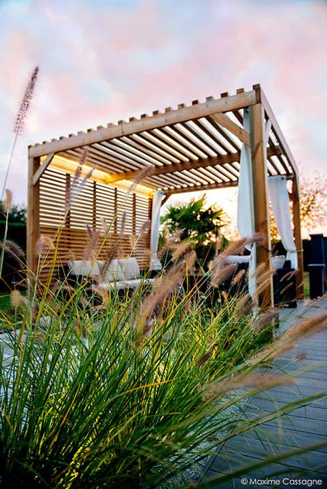 Jardines de estilo moderno de E/P ESPACE DESIGN - Emilie Peyrille Moderno