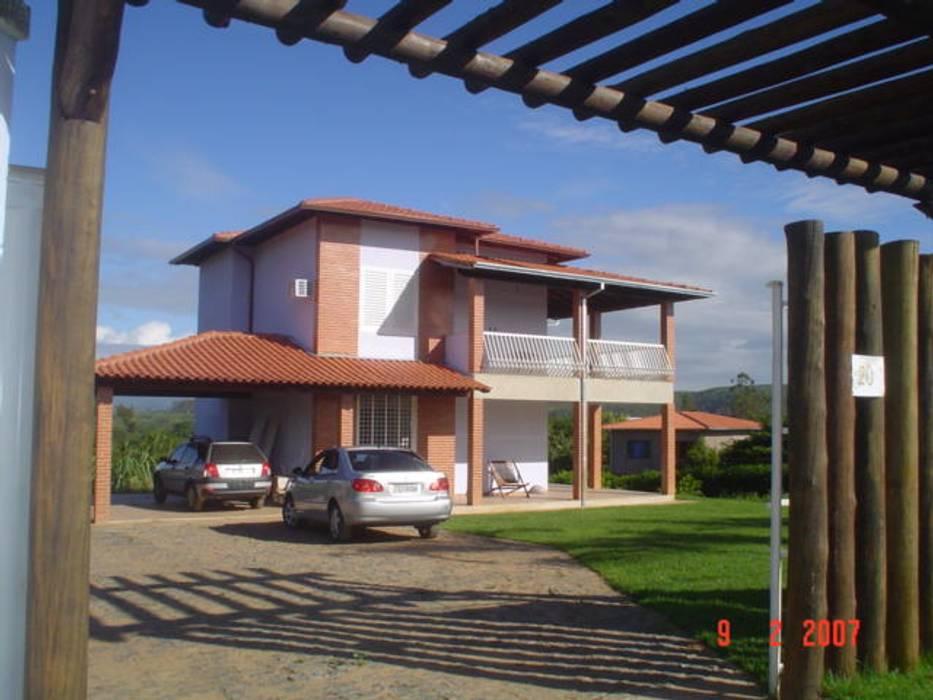 Casas de estilo tropical de homify Tropical