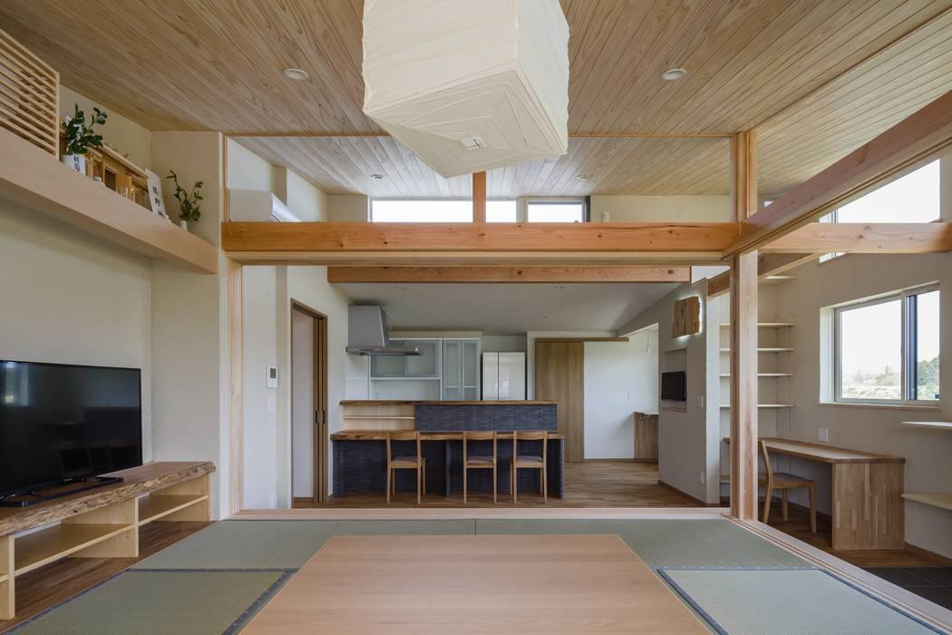 Ruang Makan oleh アトリエグローカル一級建築士事務所, Country