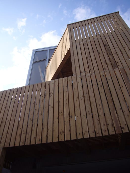 Modern houses by 小形徹*小形祐美子 プラス プロスペクトコッテージ 一級建築士事務所 Modern Wood Wood effect