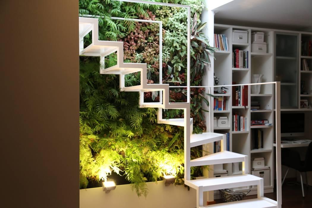 Apartamento Privado (Duplex) Zona do Lumiar/Lisboa - Portugal: Jardins  por LC Vertical Gardens,