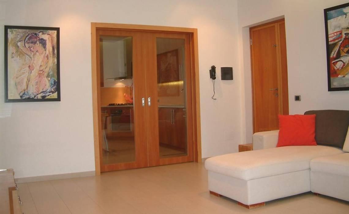 Porta scorrevole di divisione tra cucina e salotto: in stile ...