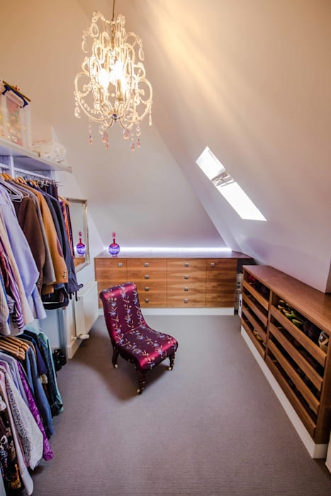 HOUSE EXTENSION & LOFT CONVERSION IN SW LONDON DPS ltd. Modern Dressing Room