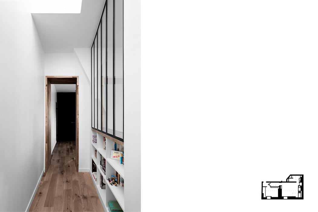 http://www.galisulukjian.com/#!wwwgalisulukjiancom/ctzx Couloir, entrée, escaliers modernes par GALI Sulukjian Architecte Moderne Métal