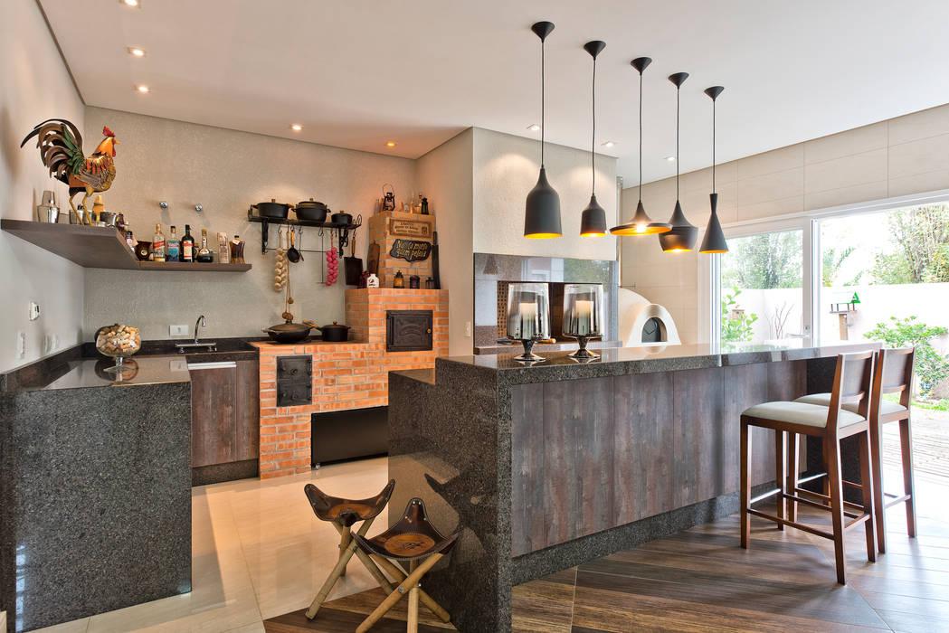 Кухни в эклектичном стиле от Angelica Pecego Arquitetura Эклектичный