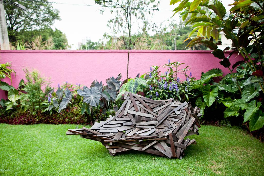Garden by Estúdio Paulo Alves, Modern