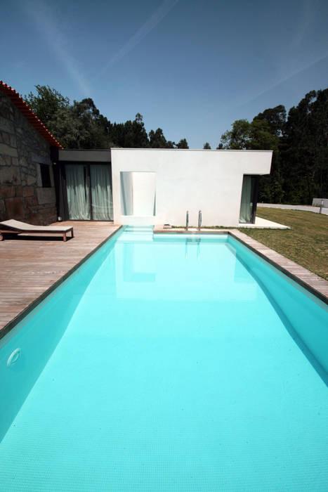 TRAMA arquitetos Дома в стиле модерн