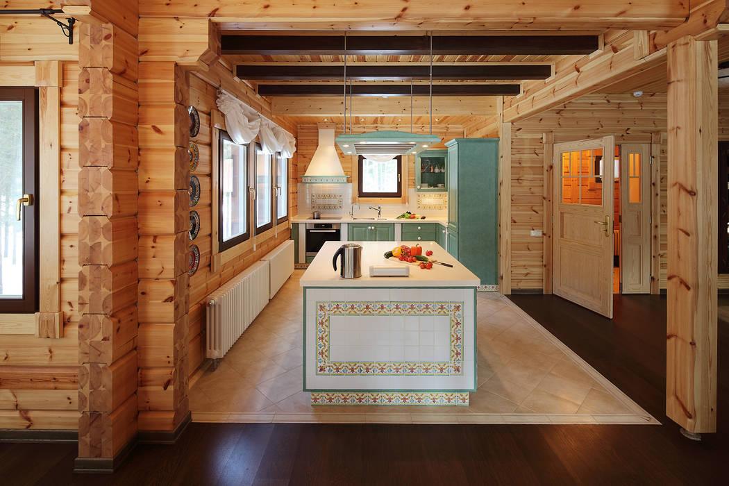 Деревянный дом Хонка в г.Пермь Кухня в стиле кантри от Marina Pennie Design&Art Кантри Дерево Эффект древесины