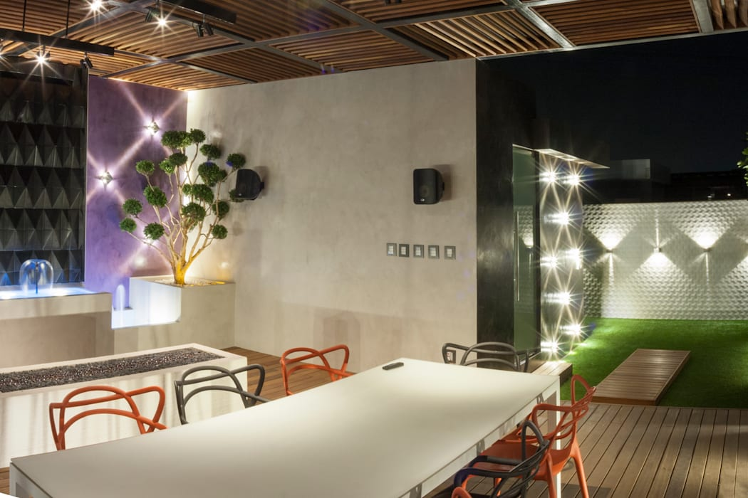 Roof Garden Heriberto Frias STUDIO COCOONS Balcones y terrazas minimalistas Madera