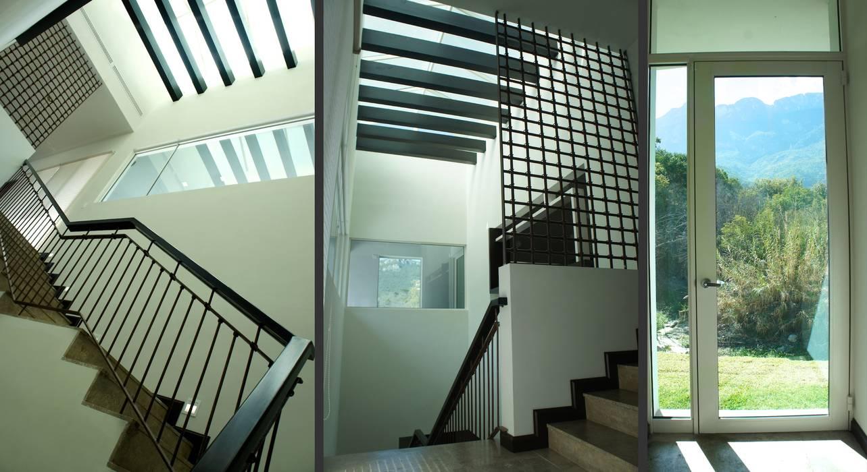 TREVINO CHABRAND Taller de Arquitectura TREVINO.CHABRAND   Architectural Studio Pasillos, vestíbulos y escaleras modernos