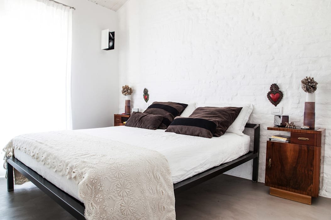 Ossigeno Architettura Mediterranean style bedroom