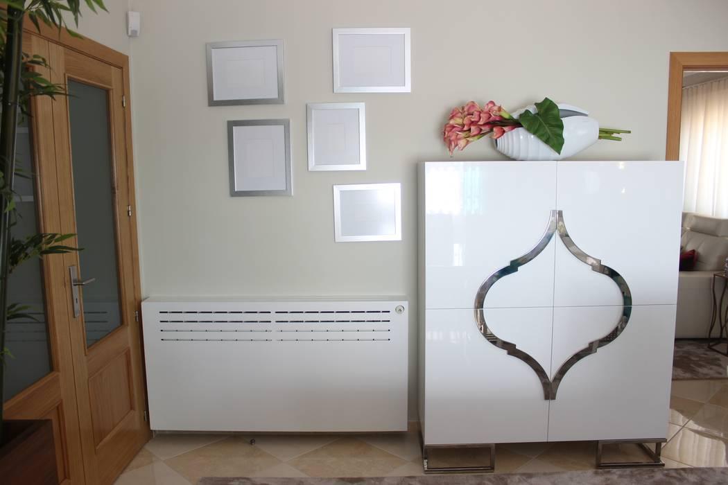 Andreia Louraço - Designer de Interiores (Email: andreialouraco@gmail.com) ComedorBuffet y cómodas Derivados de madera Blanco
