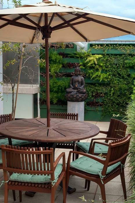 Área de refeições ao ar livre Varandas, alpendres e terraços modernos por homify Moderno