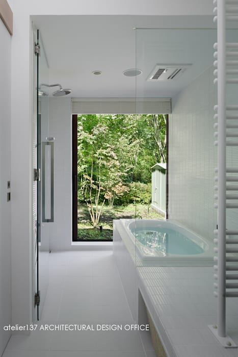Spa by atelier137 ARCHITECTURAL DESIGN OFFICE, Modern Tiles