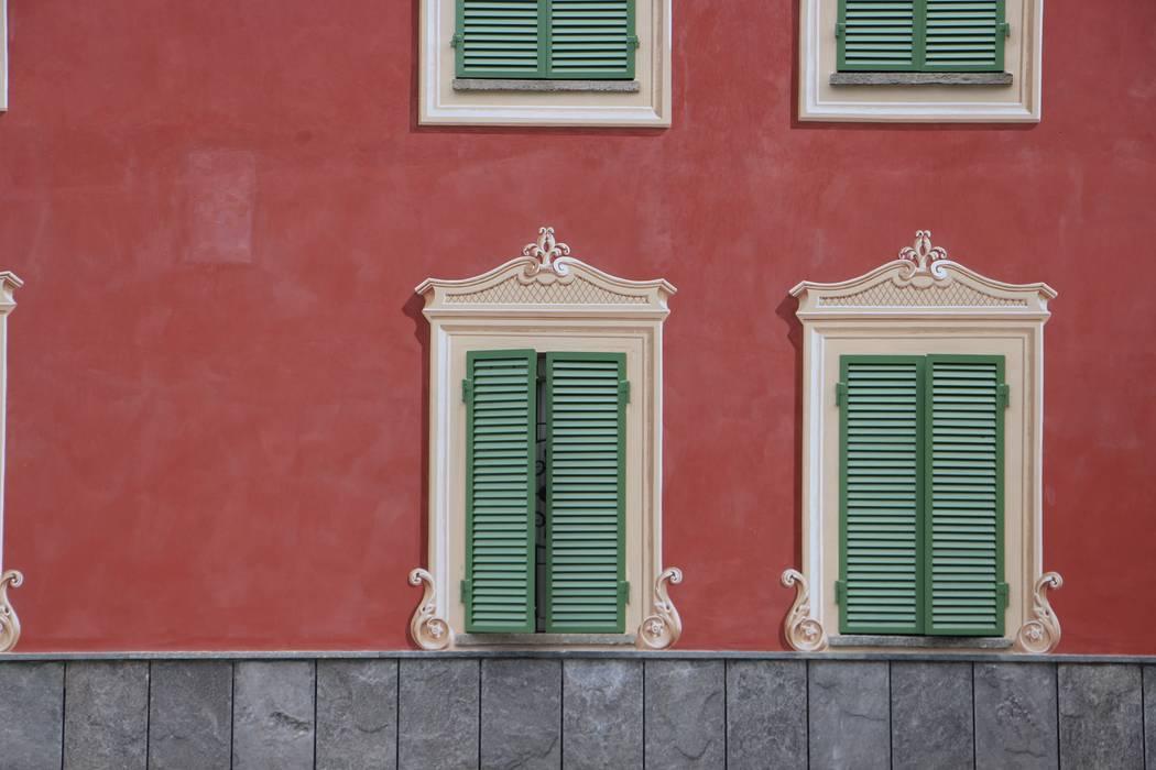Facciata dipinta finestre porte in stile in stile - Decorazioni pittoriche ...