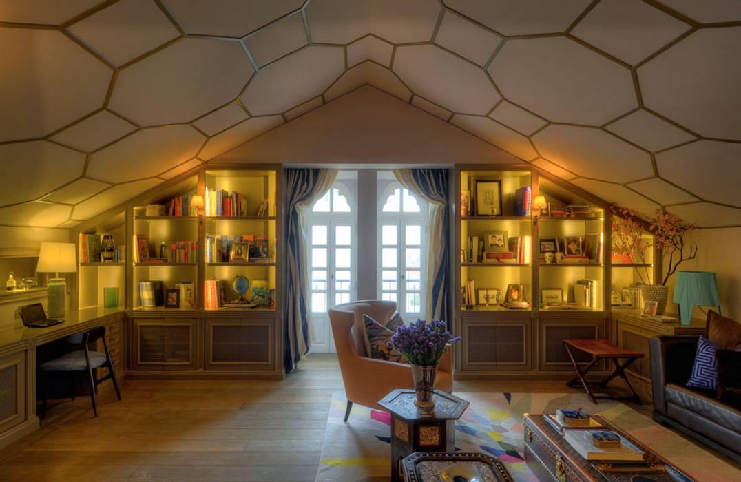 Ruang Studi/Kantor Gaya Eklektik Oleh Viterbo Interior design Eklektik