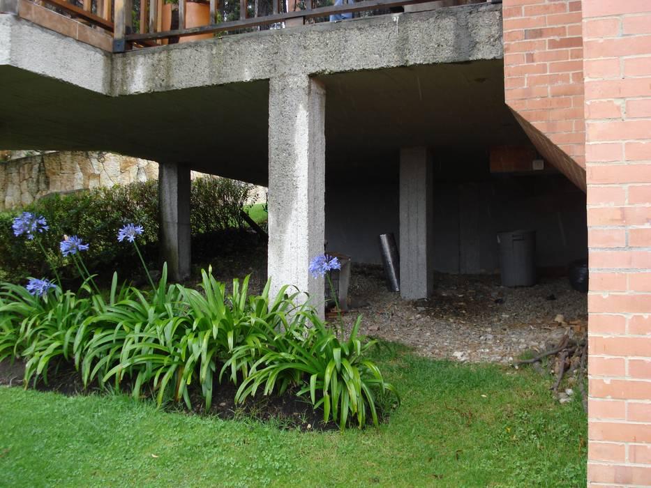 par Vertice Oficina de Arquitectura Minimaliste
