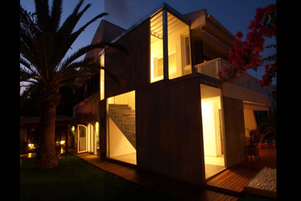 ADECUACION DE VIVIENDA EN CABO DE PALOS Casas de estilo moderno de Joaquin Fernandez Castro Moderno Granito