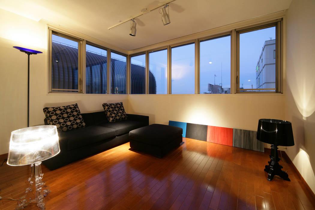 Studio Apartment for N: MAY COMPANY & ARCHITECTSが手掛けたです。