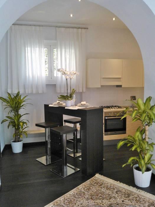 Loredana Vingelli Home Decor ห้องทานข้าว ไม้เอนจิเนียร์ Brown