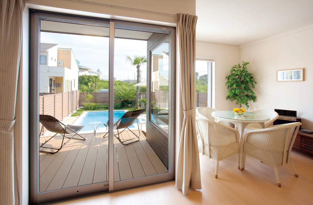 PROSPERDESIGN ARCHITECT OFFICE/プロスパーデザイン Eclectic style living room Paper White