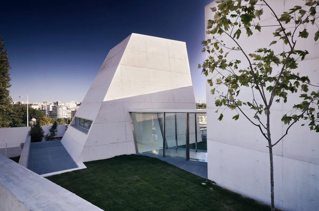 Casas de estilo minimalista de guedes cruz arquitectos Minimalista