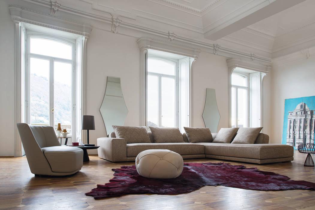 Soggiorno 3 - a: Soggiorno in stile in stile Classico di Alberta Pacific Furniture
