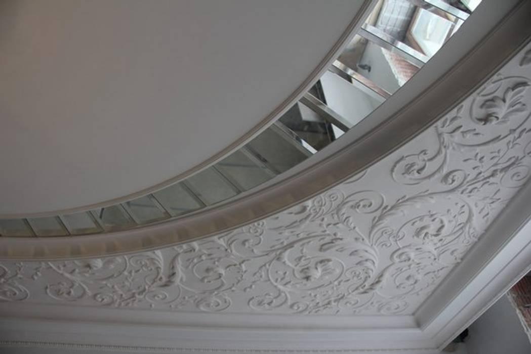 Зеркальный потолок от ReflectArt Классический