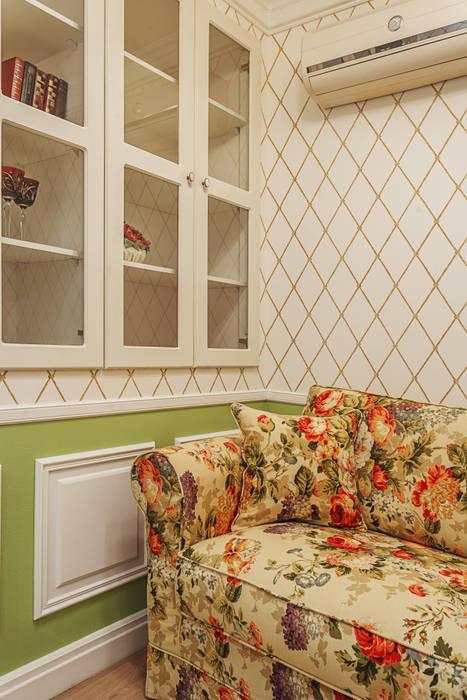 Home,sweet home Гостиные в эклектичном стиле от Marina Sarkisyan Эклектичный