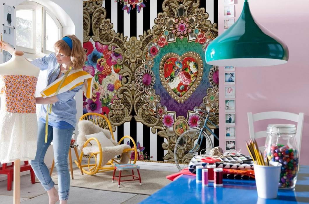 Walls & flooring by Intense mobiliário e interiores;