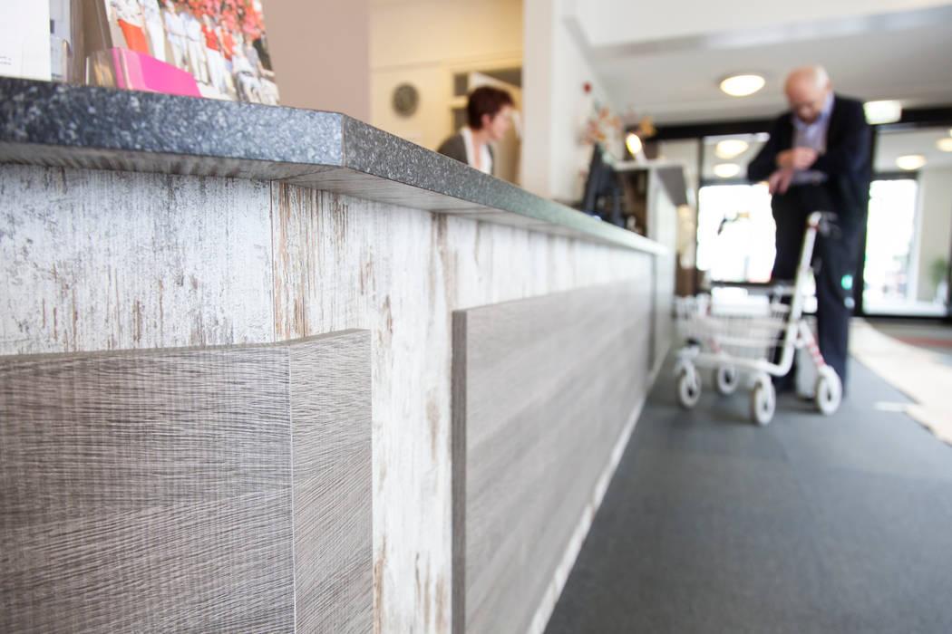 Verzorgingstehuis Zeeland Moderne gezondheidscentra van DecoLegno Modern Spaanplaat