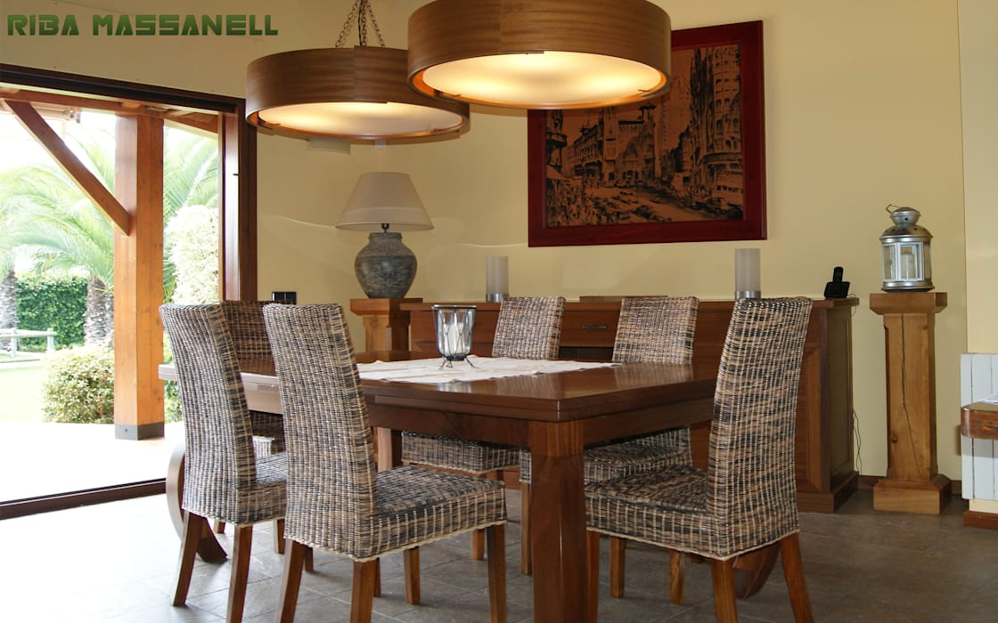 Mediterranean style dining room by RIBA MASSANELL S.L. Mediterranean Wood Wood effect