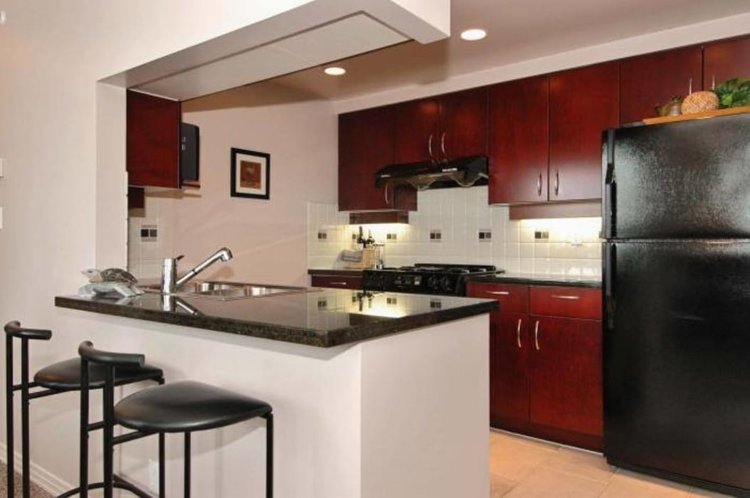 ห้องครัว โดย S.R. Buildtech – The Gharexperts,
